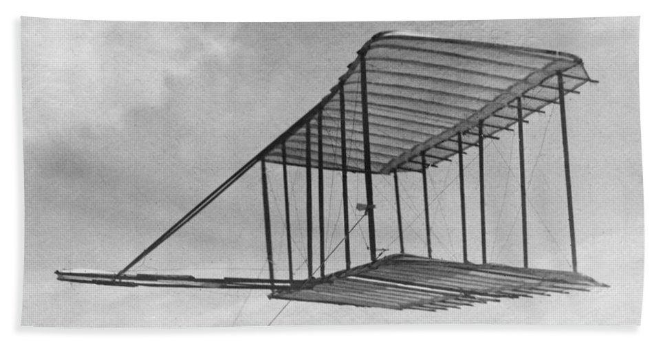 1900 Bath Sheet featuring the photograph Wright Brothers Glider by Granger