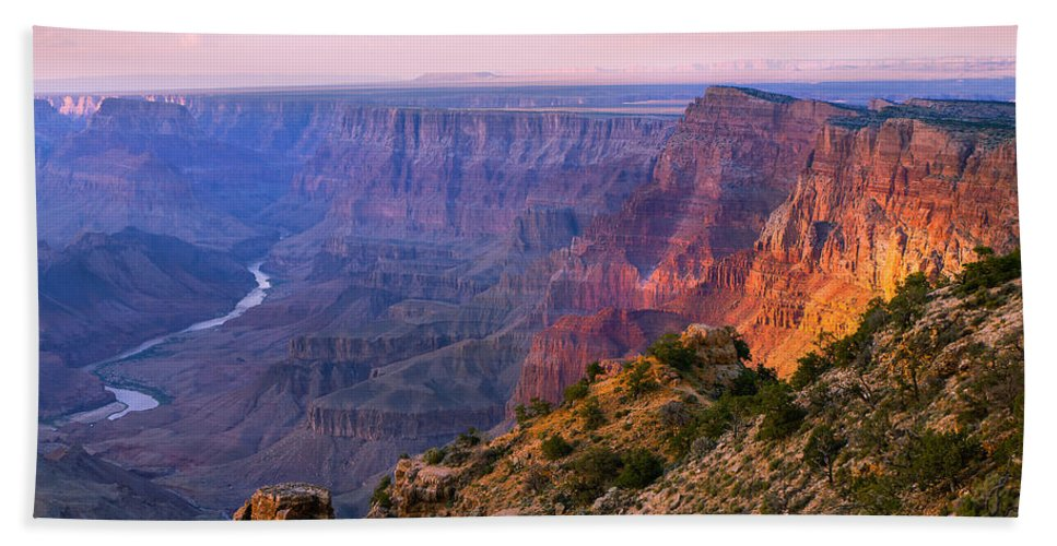 Grand Canyon National Park Bath Towel featuring the photograph Canyon Glow by Mikes Nature