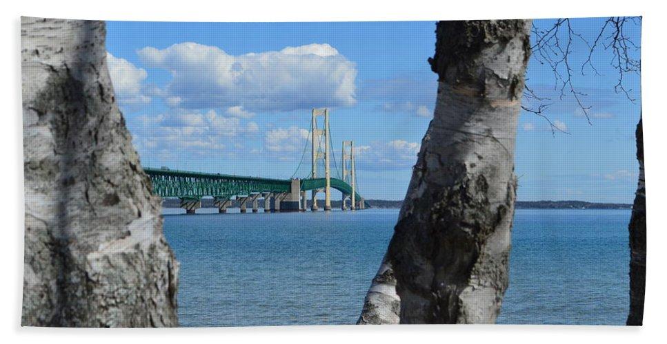 Mackinac Bridge Bath Sheet featuring the photograph Between The Trees by Linda Kerkau