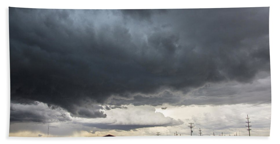 Stormscape Bath Sheet featuring the photograph 7th Storm Chase 2015 by NebraskaSC