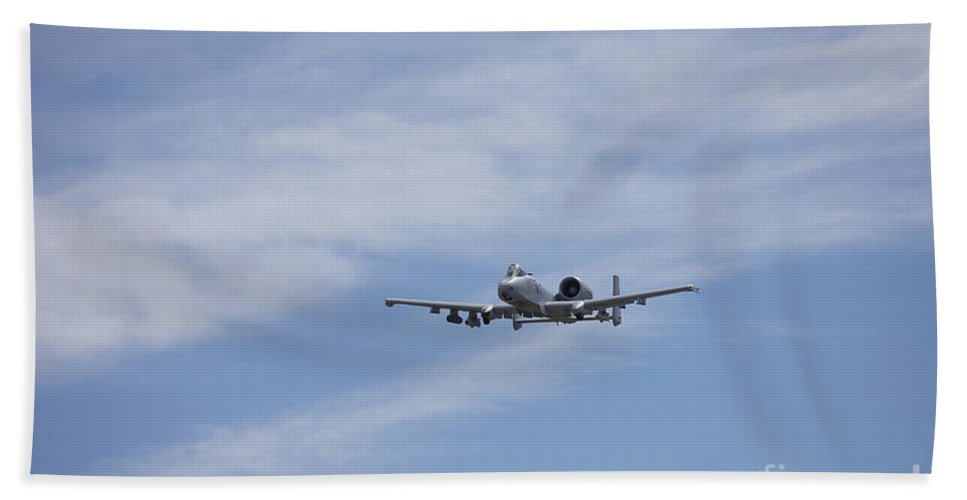 Exercise Angel Thunder Bath Sheet featuring the photograph A U.s. Air Force A-10 Thunderbolt II by Terry Moore
