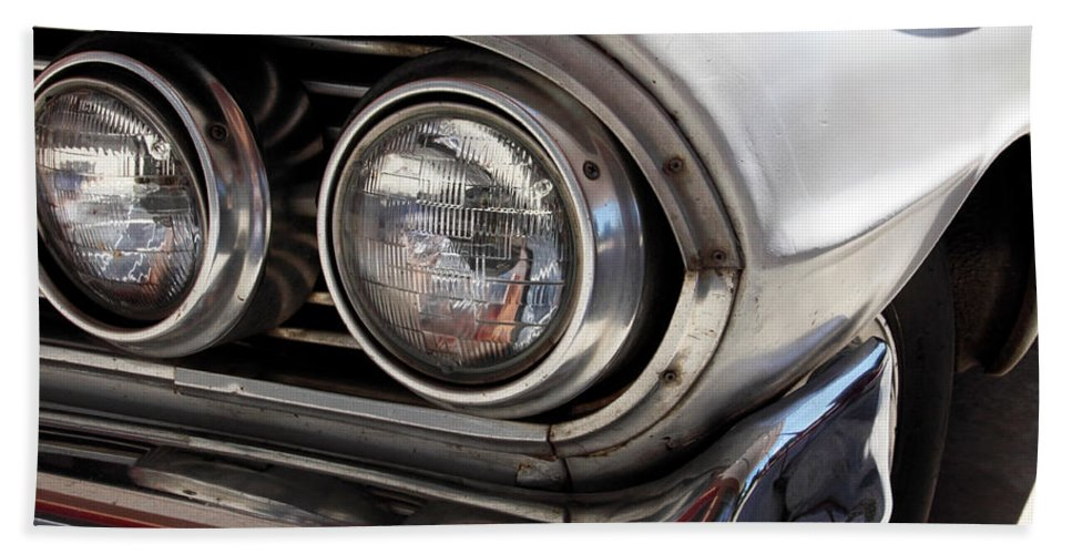 Cars Bath Towel featuring the photograph Biscayne by Amanda Barcon