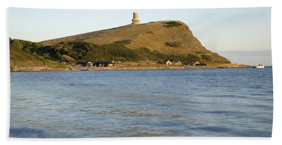 Kimmeridge Hand Towel featuring the photograph Kimmeridge Bay In Dorset by Ian Middleton