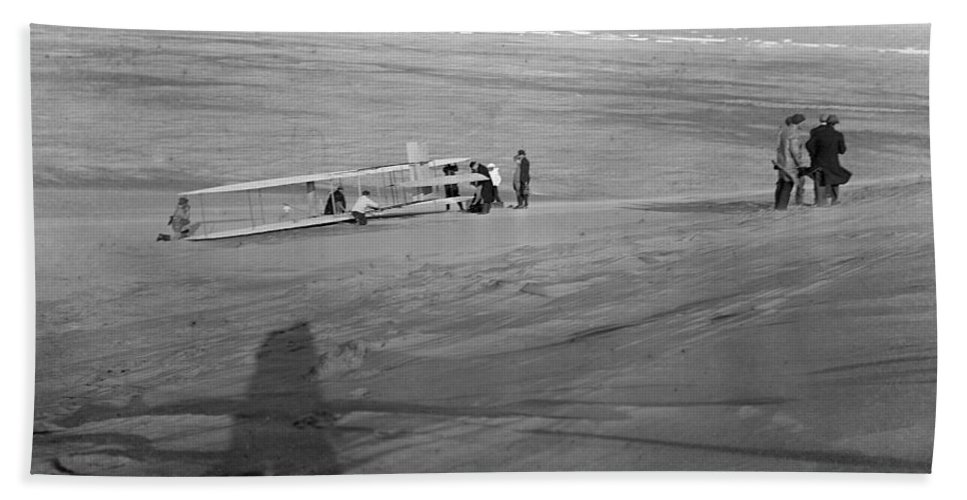 1911 Bath Sheet featuring the photograph Wright Brothers Glider by Granger