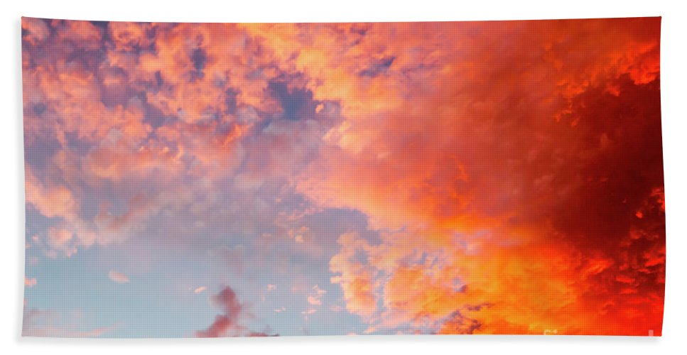 Sun Hand Towel featuring the photograph Red Cloudscape At Sunset. by Sv