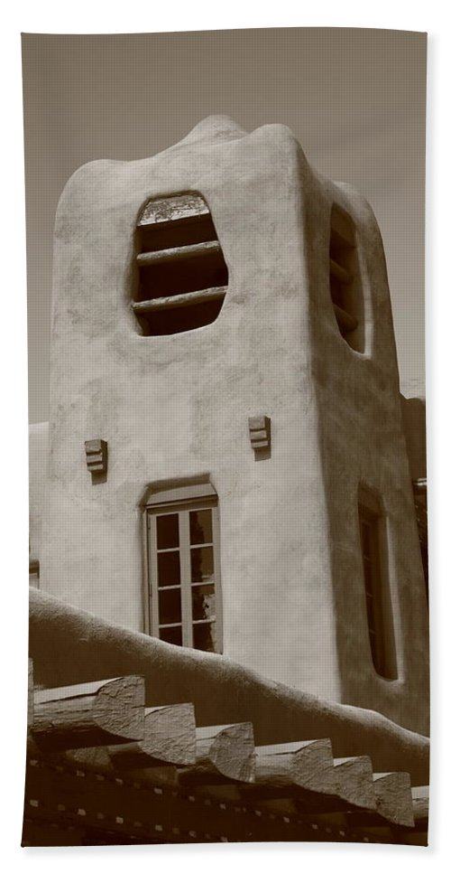 66 Hand Towel featuring the photograph Santa Fe - Adobe Building by Frank Romeo