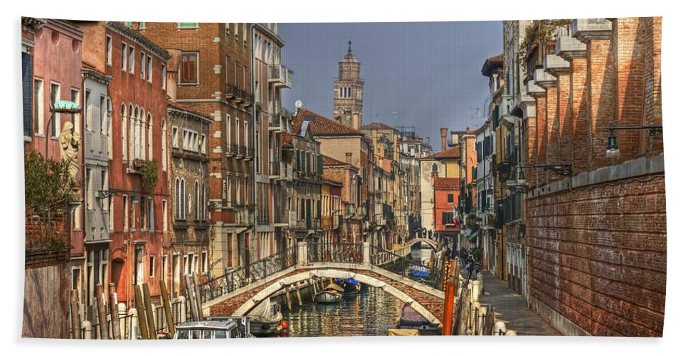 Architecture Bath Towel featuring the photograph Venice - Italy by Joana Kruse