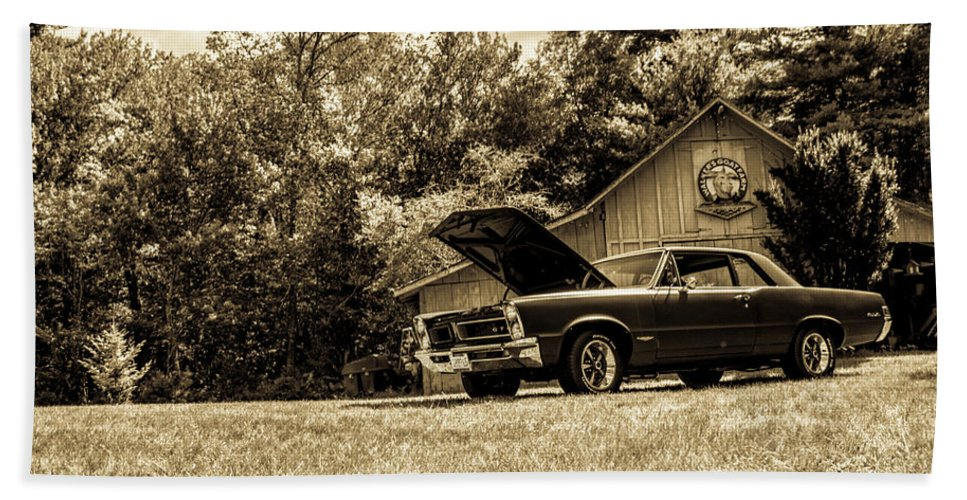 Classic Bath Towel featuring the photograph Classic Cars by Mickie Bettez