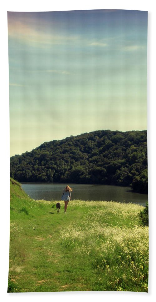 Landscape Hand Towel featuring the photograph A Girl's Best Friend by Nancy Ingersoll