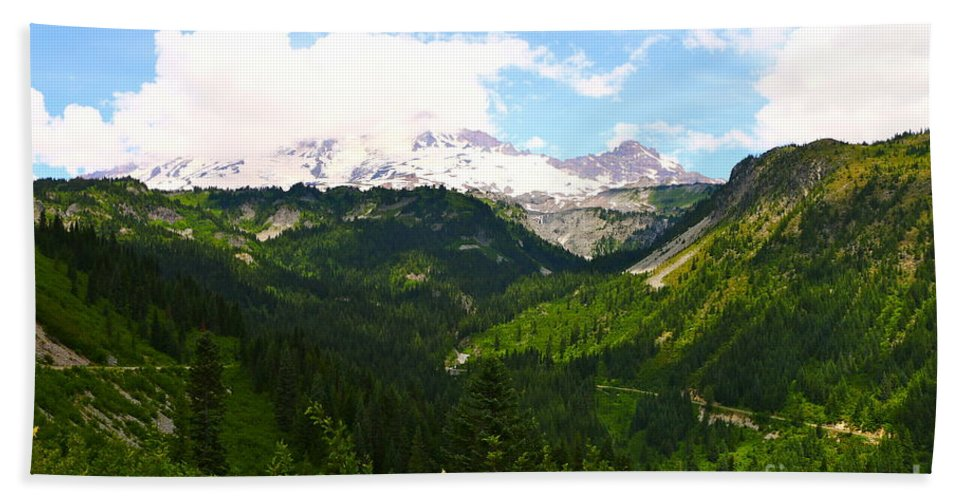 Rainier Hand Towel featuring the photograph A Majestic View by Christiane Schulze Art And Photography