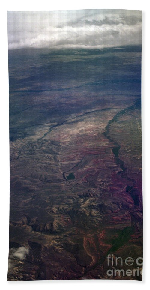 Aerial Photography Hand Towel featuring the photograph A Midwestern Landscape by Richard Rizzo