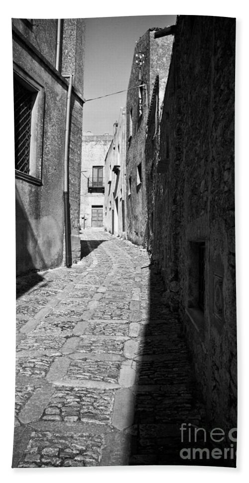 Street Hand Towel featuring the photograph A Street In Sicily by Madeline Ellis