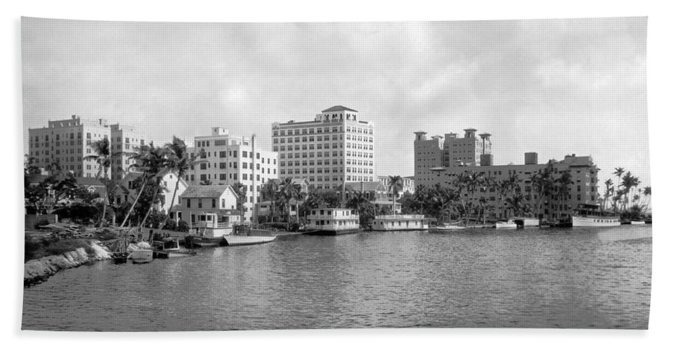 1920s Hand Towel featuring the photograph A View Of Miami by Underwood Archives