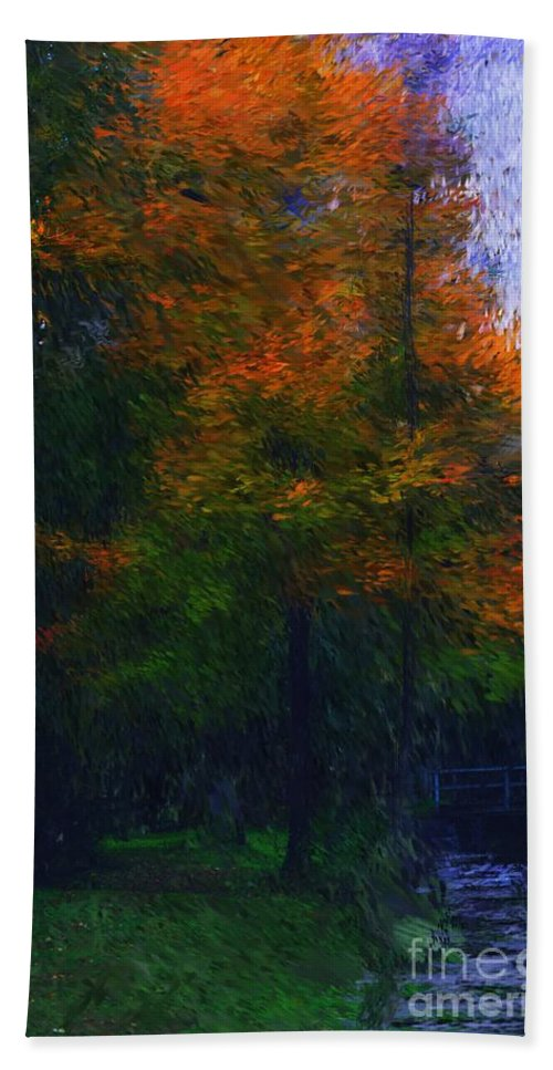 Autumn Hand Towel featuring the photograph A Walk In The Park by David Lane
