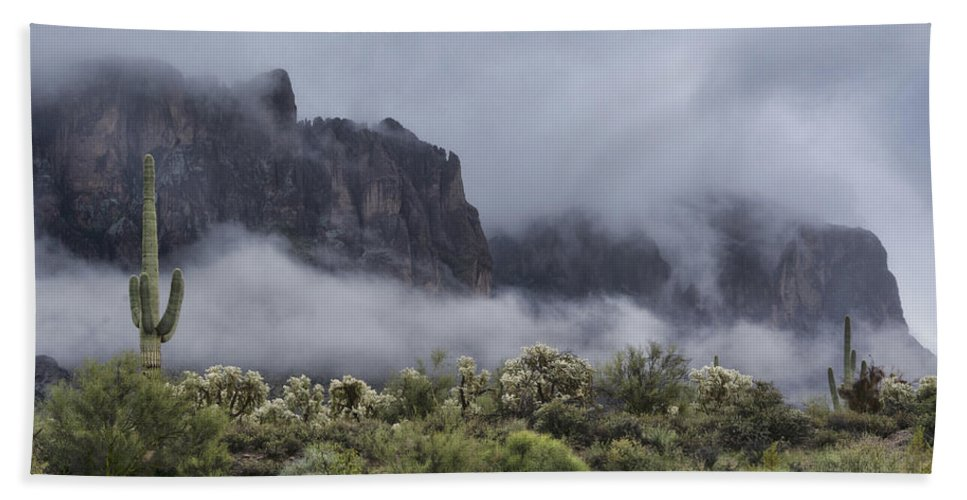 Superstition Mountains Bath Towel featuring the photograph A Wave Of Fog On The Superstitions by Saija Lehtonen