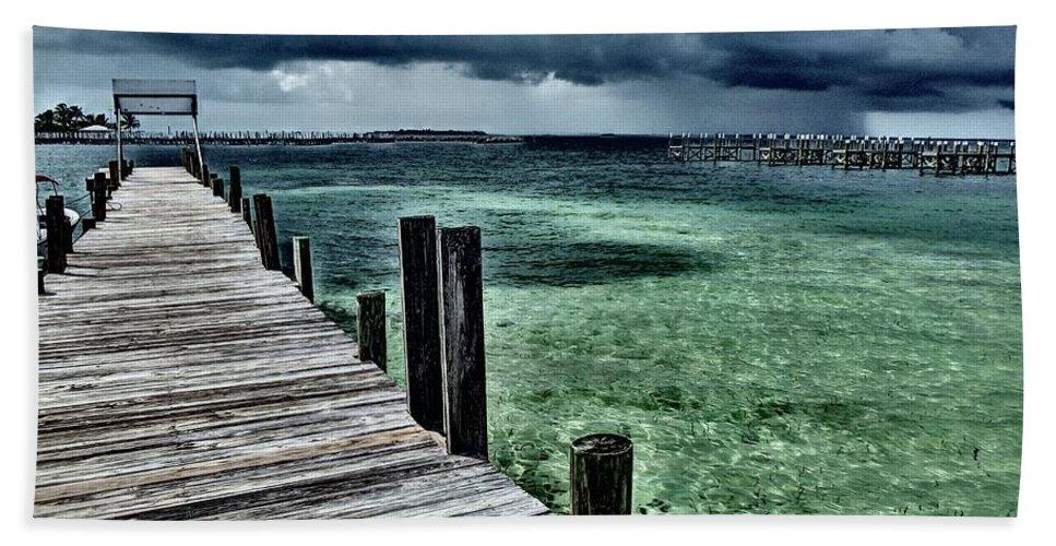 Caribbean Bath Towel featuring the photograph Abaco Islands, Bahamas by Cindy Ross