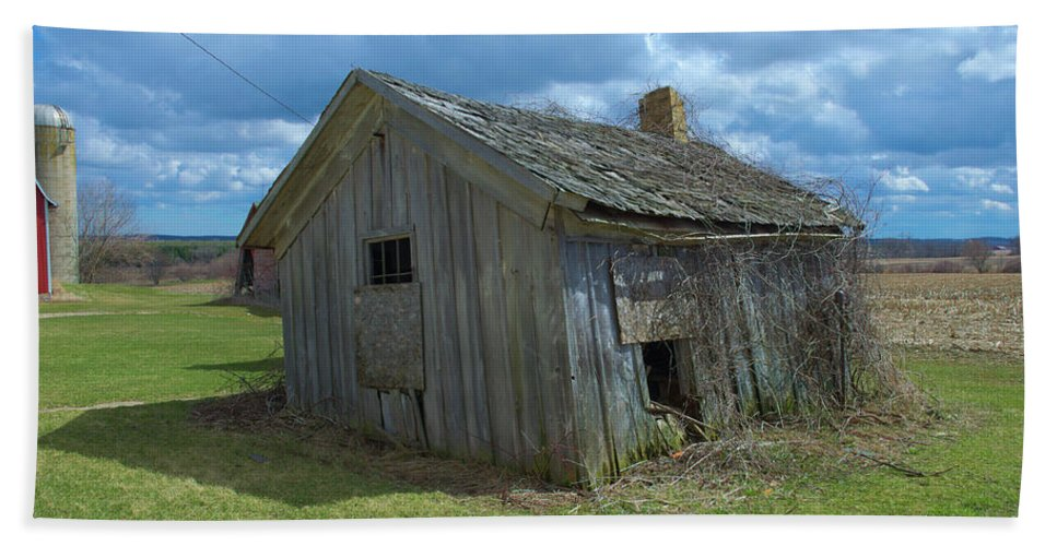 Abandoned Hand Towel featuring the photograph Abandoned Farm Building by Timothy Ruf