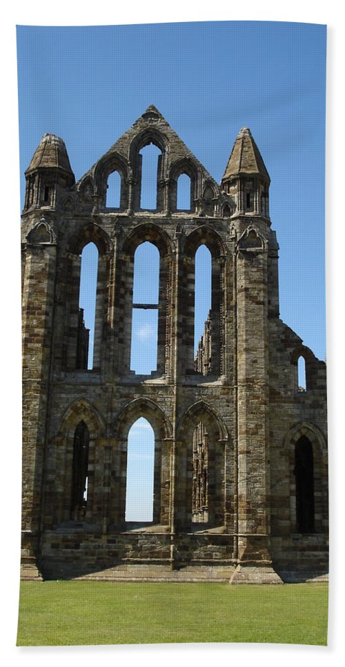 Abby Bath Sheet featuring the photograph Abbey At Whitby by Susan Baker