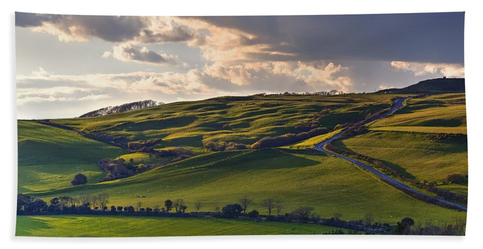 Abbotsbury Hand Towel featuring the photograph Abbotsbury - England by Joana Kruse