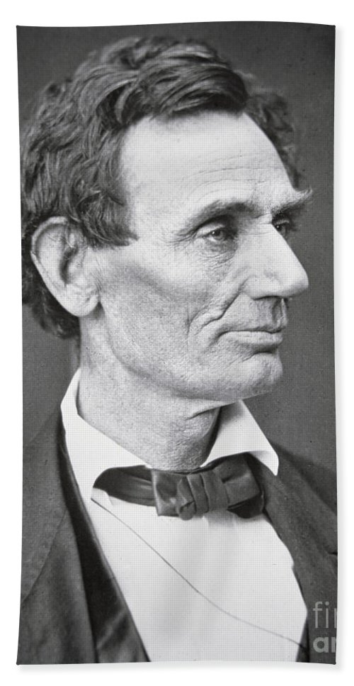 Abraham Lincoln (1809-65) 1860 (b/w Photo) By Alexander Hesler (1823-95) Hand Towel featuring the photograph Abraham Lincoln by Alexander Hesler