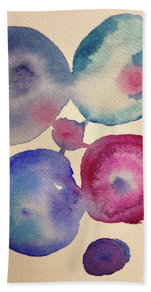 Abstract Bath Sheet featuring the painting Bubble Bath by Bonny Butler