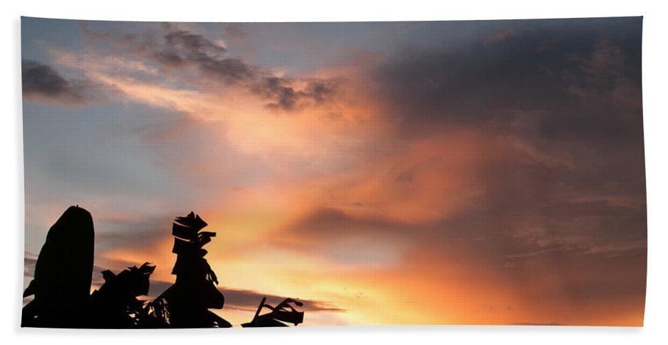 Abuja Hand Towel featuring the photograph Abuja Sunset by Hakon Soreide