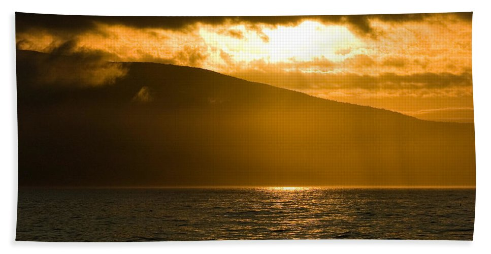 Sunset Bath Towel featuring the photograph Acadia National Park Sunset by Sebastian Musial