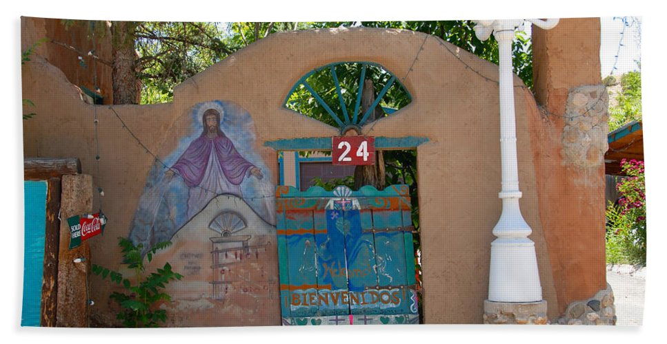 Chimayo New Mexico Hand Towel featuring the photograph Adobe Wall Chimayo by David Lee Thompson