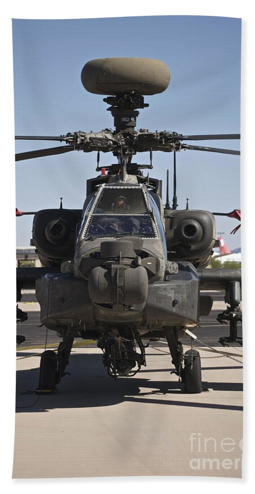 Exercise Angel Thunder Bath Sheet featuring the photograph Ah-64d Apcahe Longbow At Pinal Airpark by Terry Moore