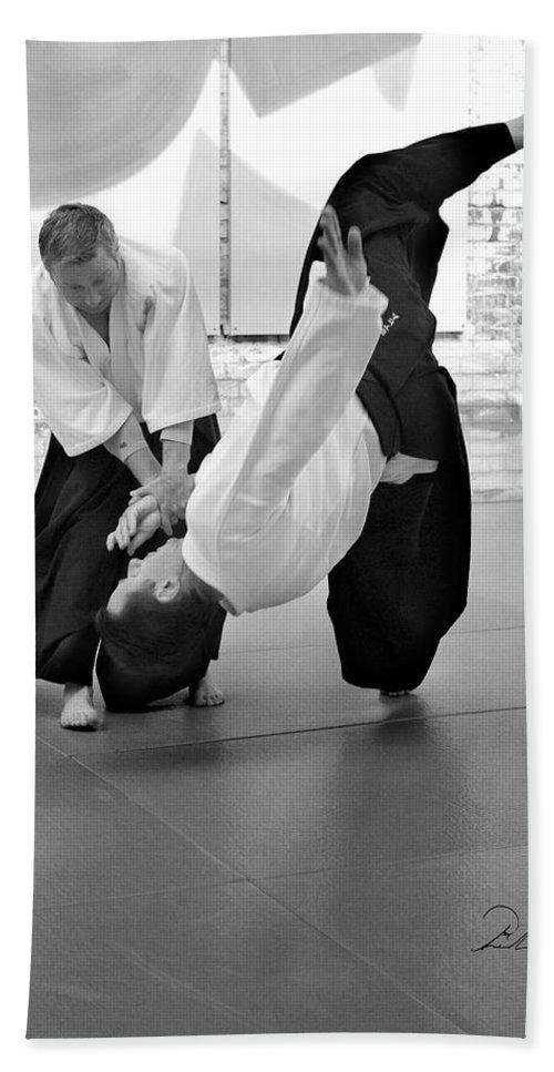 Fine Art Bath Sheet featuring the photograph Aikido Wrist Lock by Frederic A Reinecke