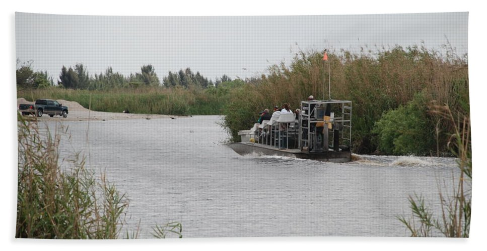Everglades Bath Towel featuring the photograph Airboat Rides 25 Cents by Rob Hans