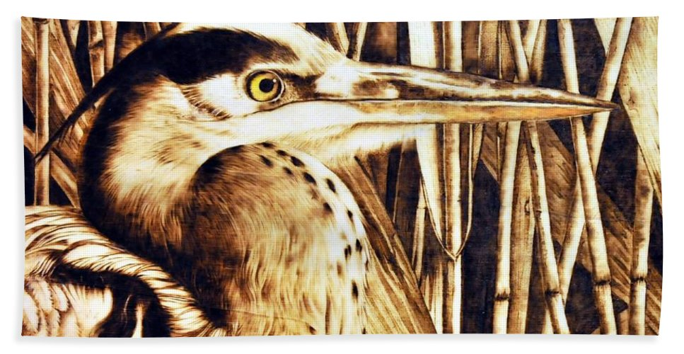 Heron Bath Sheet featuring the pyrography Airone by Ilaria Andreucci