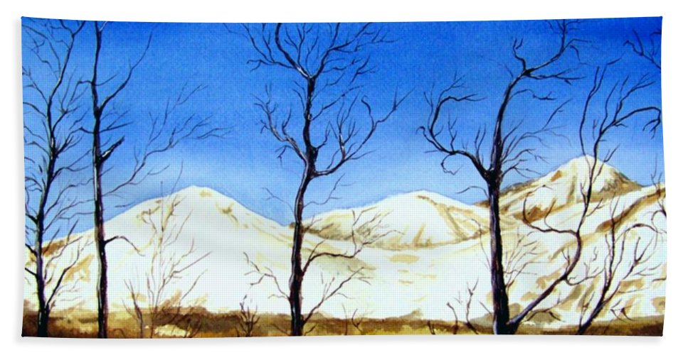Landscape Bath Towel featuring the painting Alaska Blue Sky Day by Brenda Owen