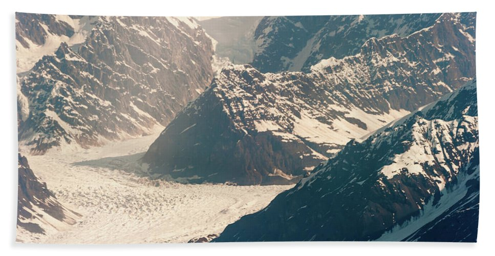 Alaska Glacier Hand Towel featuring the photograph Alasks Glacier Range Denali Nation Park by Charles McCleanon