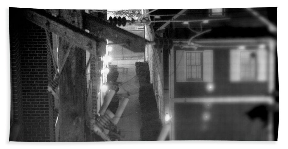 Alley Hand Towel featuring the photograph Alley To High by Jean Macaluso