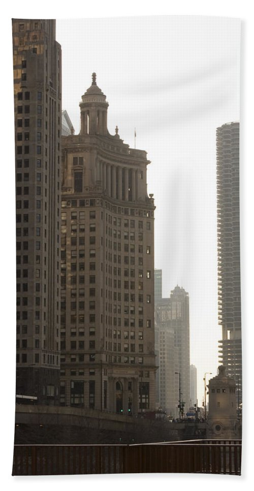 Chicago Windy City River Bridge Building Skyscraper Tall High Big Metro Urban Bath Towel featuring the photograph Along The River by Andrei Shliakhau