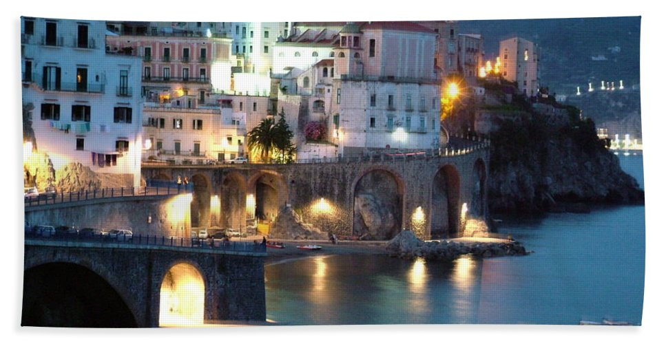 Horizontal Bath Towel featuring the photograph Amalfi Coast At Night by Donna Corless