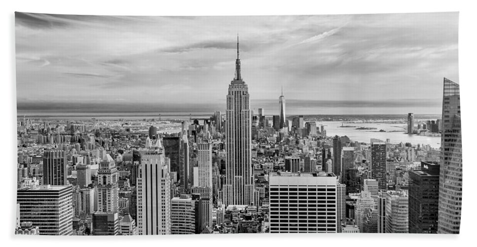 Empire State Building Bath Towel featuring the photograph Amazing Manhattan Bw by Az Jackson