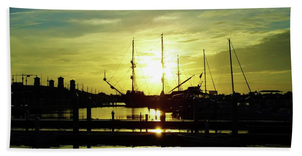 Sunrise Bath Sheet featuring the photograph Amazing St Augustine Sunrise by D Hackett