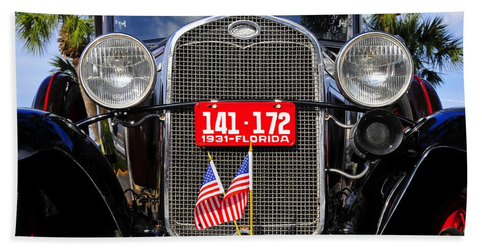 Ford Bath Sheet featuring the photograph American grill by David Lee Thompson