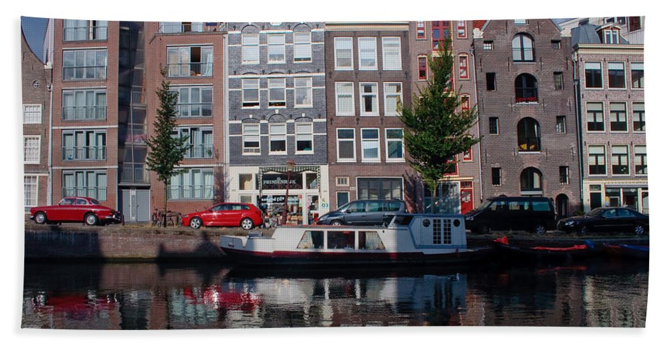 Amsterdam Bath Towel featuring the photograph Amsterdam Canal by Thomas Marchessault