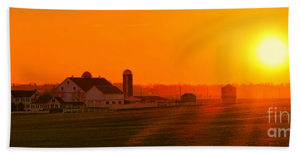 Sunset Bath Towel featuring the photograph An Amish Sunset by Olivier Le Queinec