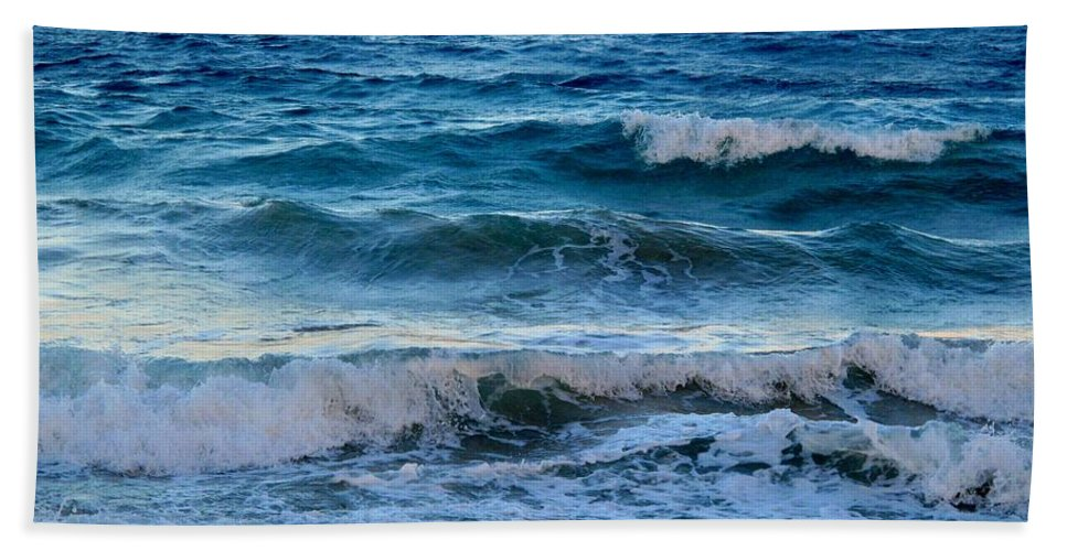 Sea Hand Towel featuring the photograph An Unforgiving Sea by Ian MacDonald