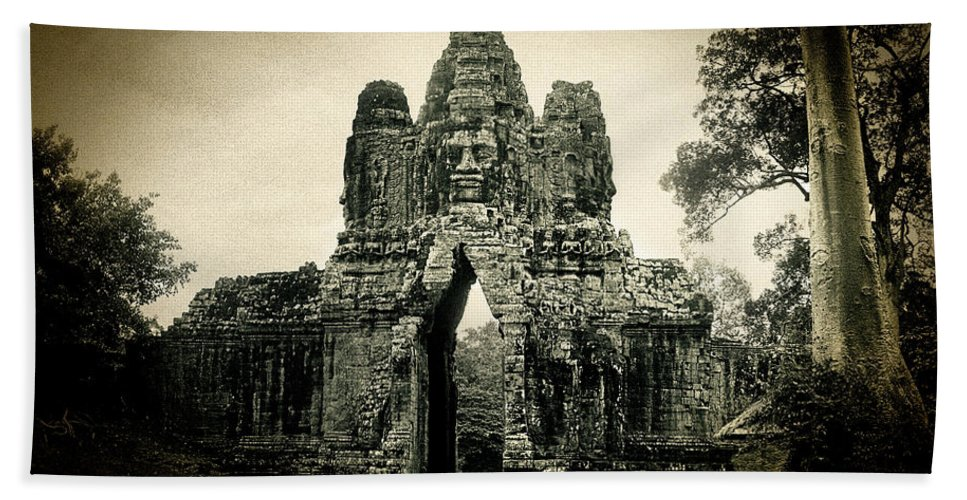 Angkor Thom Hand Towel featuring the photograph Angkor Thom Southern Gate by Weston Westmoreland