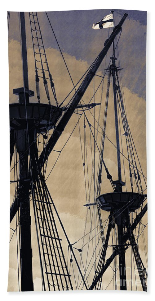 Mast Bath Sheet featuring the photograph Animated Masts by Joe Geraci