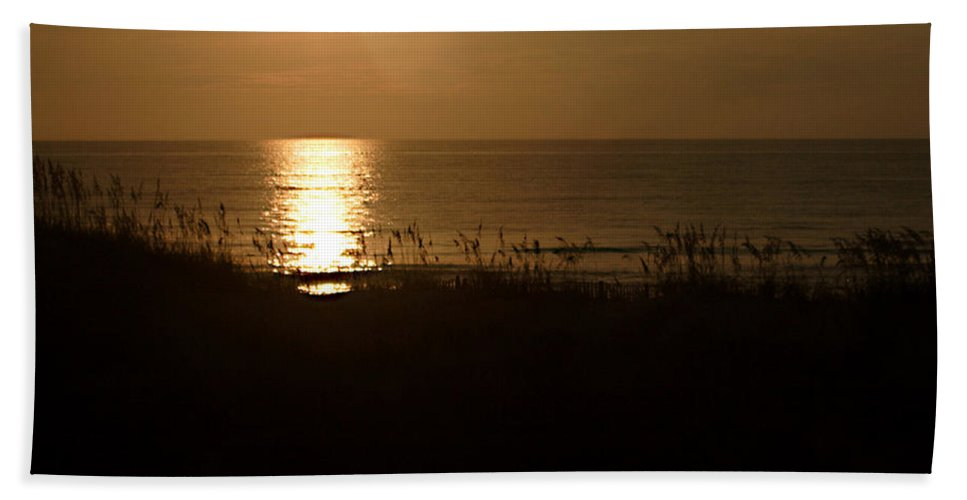 Color Hand Towel featuring the photograph Another Day Ends by Jean Macaluso