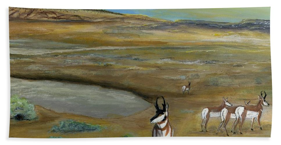 Antelope Hand Towel featuring the painting Antelopes by Sara Stevenson