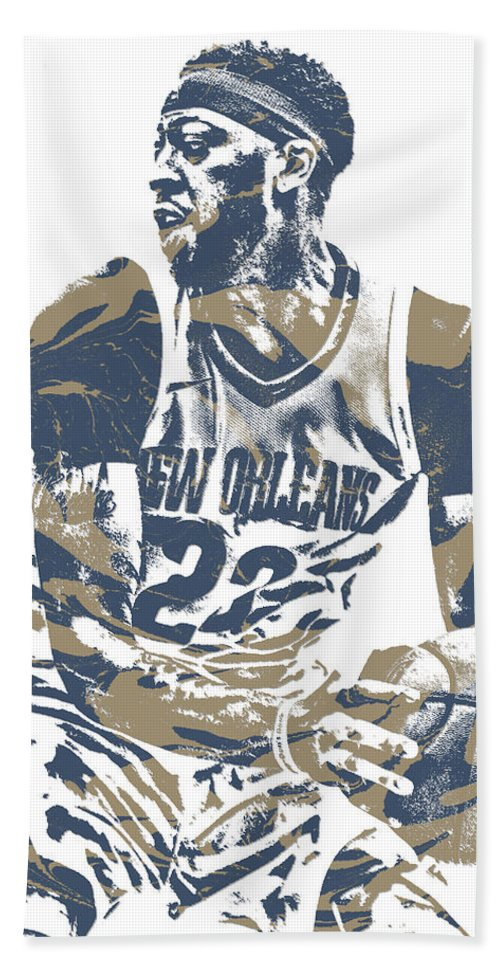Anthony Davis Hand Towel featuring the mixed media Anthony Davis New Orleans Pelicans Pixel Art 21 by Joe Hamilton
