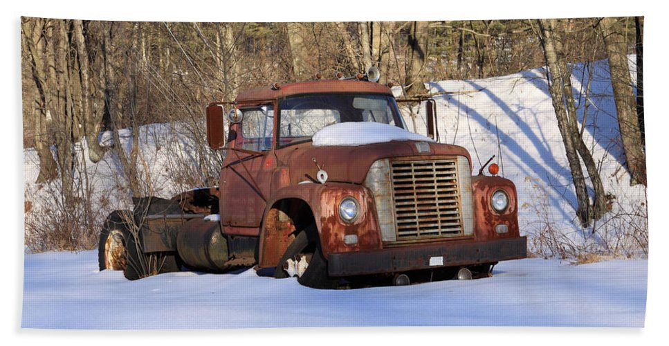 Copy Space Bath Sheet featuring the photograph Antique Grungy Truck In Snow by John Stephens