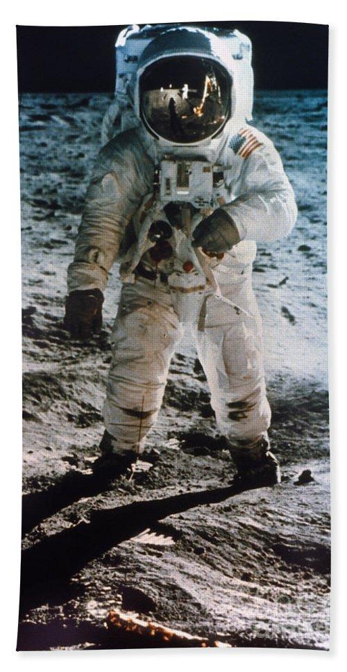 1969 Hand Towel featuring the photograph Apollo 11 Buzz Aldrin by Granger